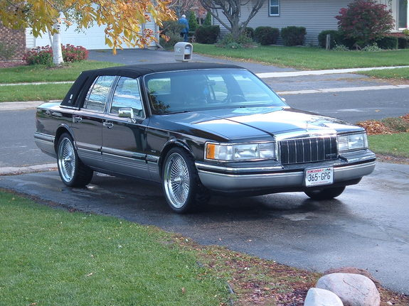 stankn lanken 1992 lincoln town car specs photos modification info at cardomain. Black Bedroom Furniture Sets. Home Design Ideas