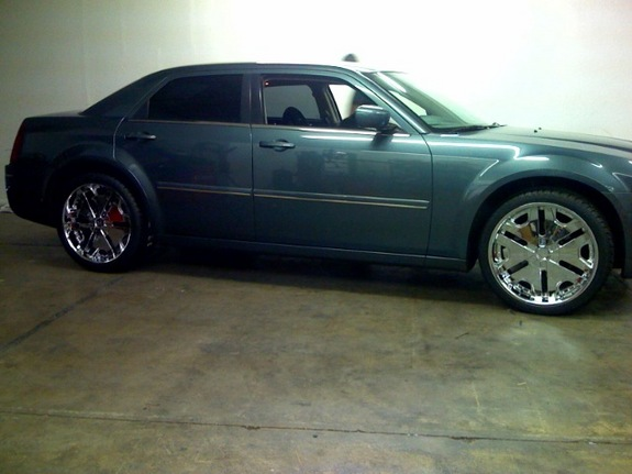 Another drich1 2005 Chrysler 300 post... - 11259739