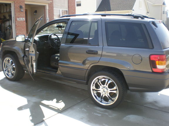 Another chux1982toyota 2003 Jeep Grand Cherokee post... - 11268224
