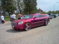 lelee913s 2005 Dodge Magnum