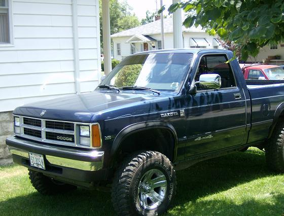 Large on 1989 Dodge Dakota 4x4