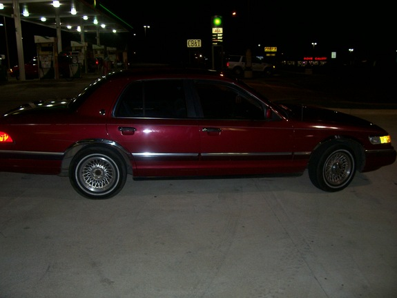 Another MRCEO07 1994 Mercury Grand Marquis post... - 11284552