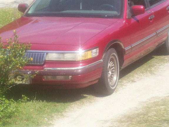 Another MRCEO07 1994 Mercury Grand Marquis post... - 11284556