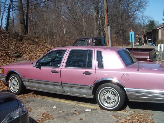 Pink Stinkin 1990 Lincoln Town Car Specs Photos Modification Info