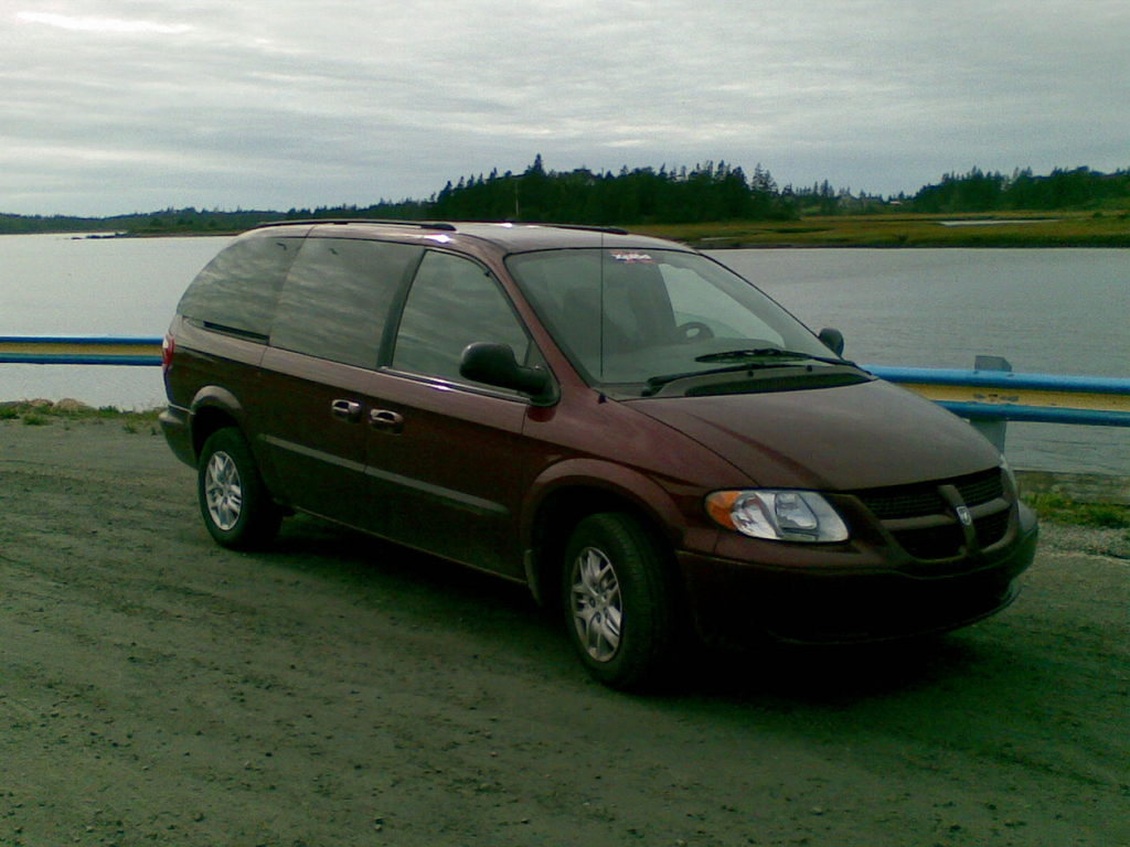 jareddent666 39 s 2002 dodge caravan cargo in west pubnico ns. Black Bedroom Furniture Sets. Home Design Ideas