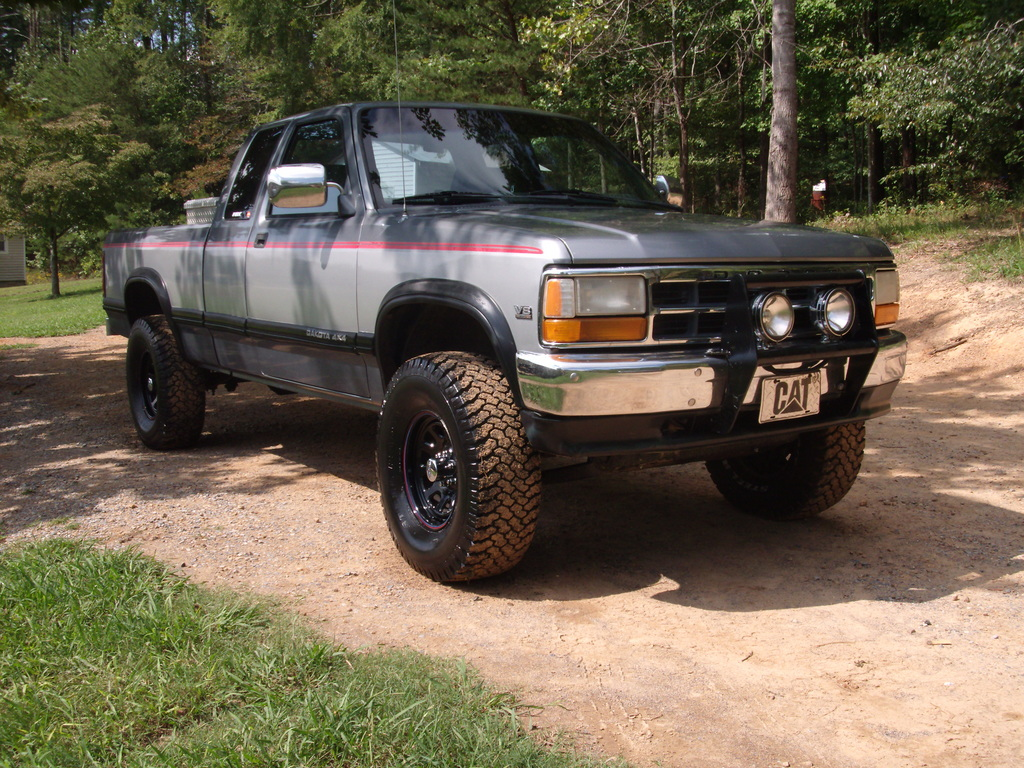 Large on 1994 Dodge Dakota Lifted