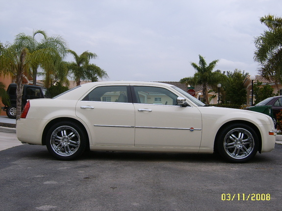 Another 300cHeritageG 2006 Chrysler 300 post... - 11327218