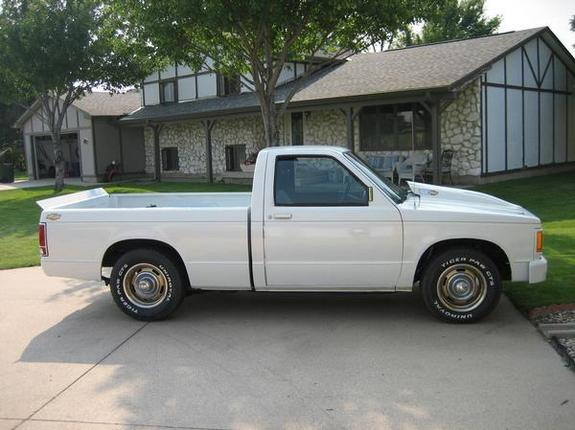 Large on 1991 Chevy S10