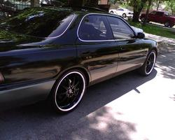 TripleBlackLex8s 1993 Lexus ES