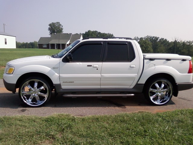 crest 2002 ford explorer sport trac specs photos modification info. Cars Review. Best American Auto & Cars Review