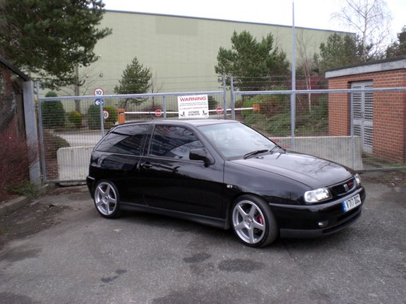 ibiza 95 39 s 1999 seat ibiza page 4 in wakefield. Black Bedroom Furniture Sets. Home Design Ideas