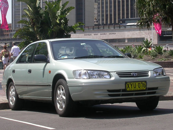derra 39 s 2002 toyota camry in sydney. Black Bedroom Furniture Sets. Home Design Ideas
