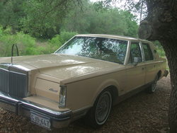 kulayd 1983 Lincoln Mark VI