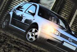 S_H_A_R_K_Is 1998 Volkswagen Golf