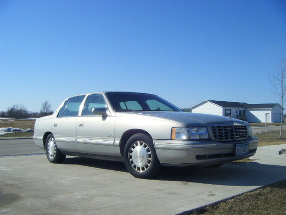 Another mnsoldier21j 1998 Cadillac DeVille post... - 11600100