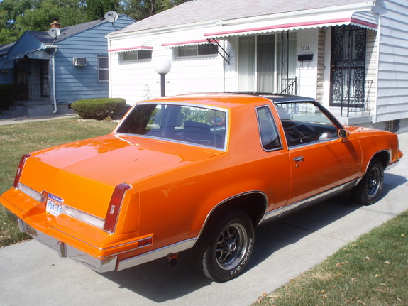 Another ORANGE_CREAM 1984 Oldsmobile Cutlass Calais post... - 11359657