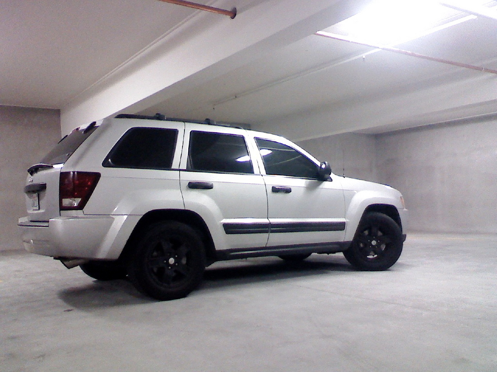 elhimr 2005 jeep grand cherokee specs photos modification info at cardomain. Black Bedroom Furniture Sets. Home Design Ideas