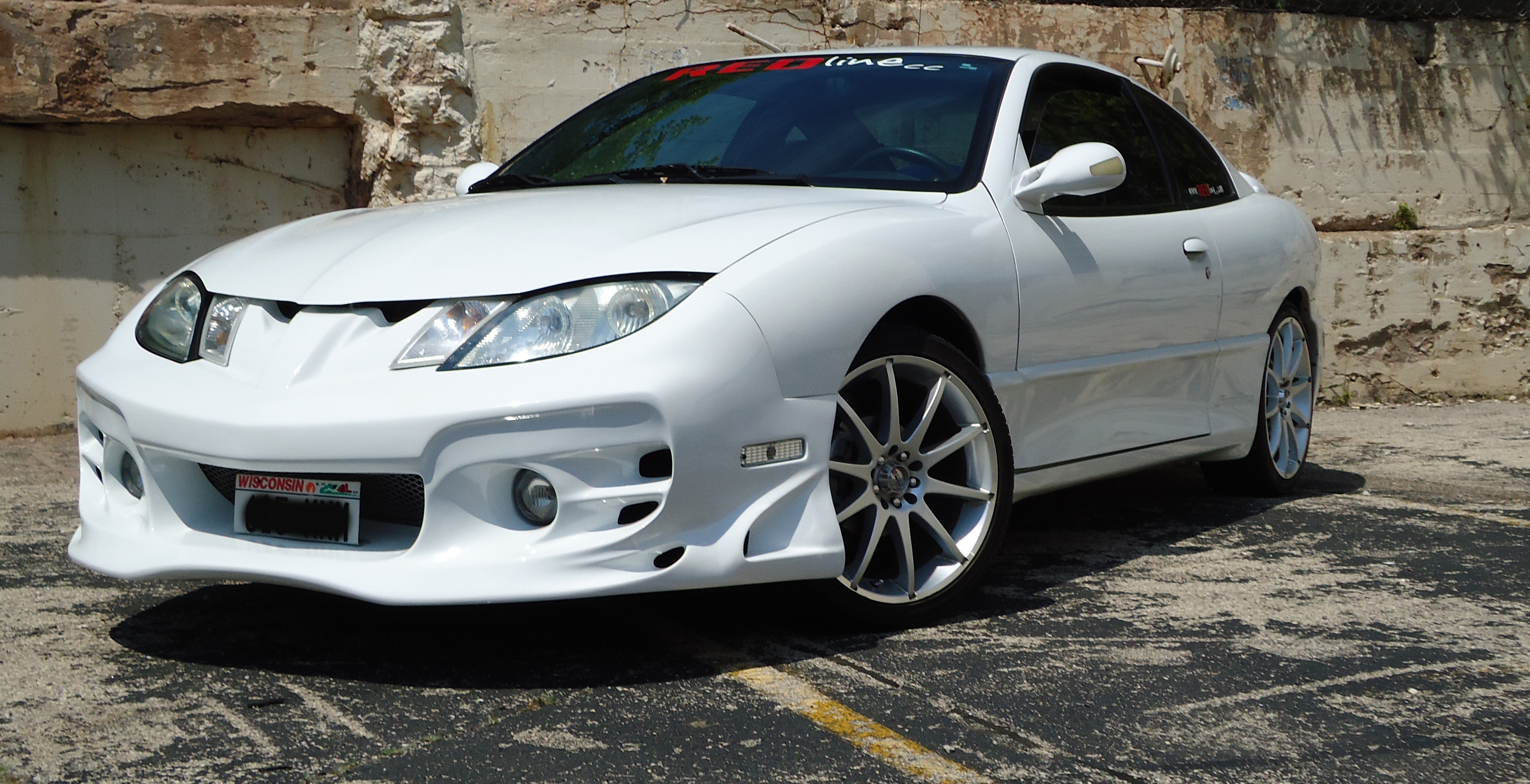 Punkedoutgoth15 2005 Pontiac Sunfire Specs Photos