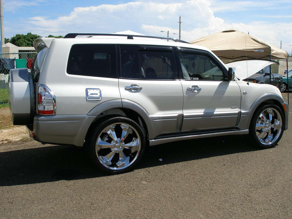 Another pajero_euro 2005 Mitsubishi Montero post... - 11379225