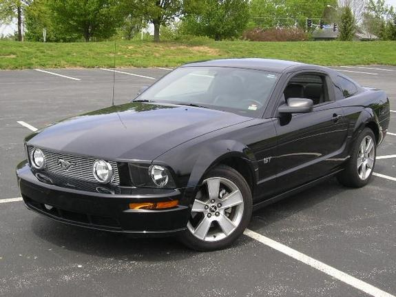 lphill01 39 s 2006 ford mustang gt deluxe coupe 2d in st charles mo. Black Bedroom Furniture Sets. Home Design Ideas