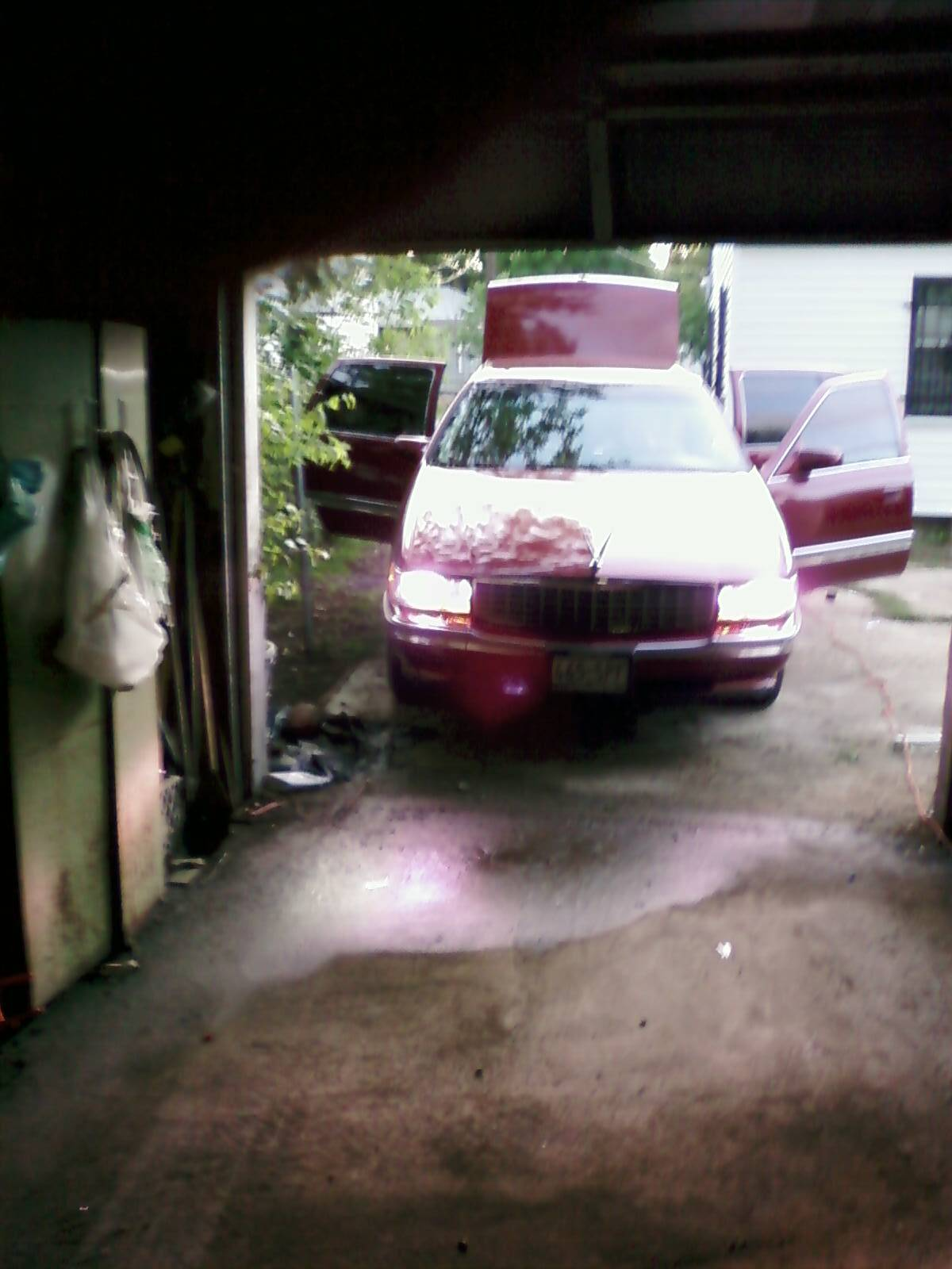Another whiteboi_lilron 1995 Cadillac DeVille post... - 11404790