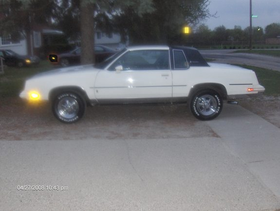 Another RODLOW 1985 Oldsmobile Cutlass Supreme post... - 11409731