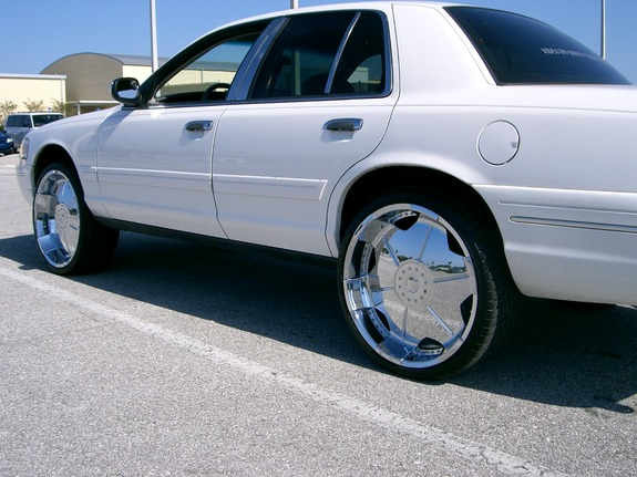 Another samakaballer 1999 Ford Crown Victoria post... - 11411444