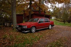 Tomashs 1987 Volvo 700-Series
