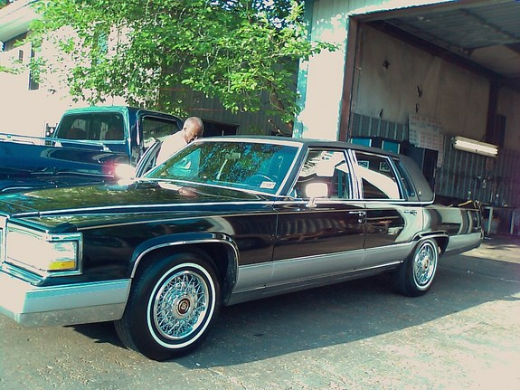 Another bygtyma 1991 Cadillac Fleetwood post... - 11547797