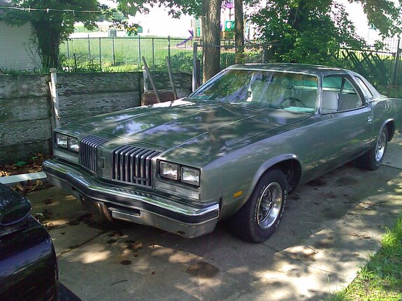 mlhoward805's 1977 Oldsmobile Cutlass Salon