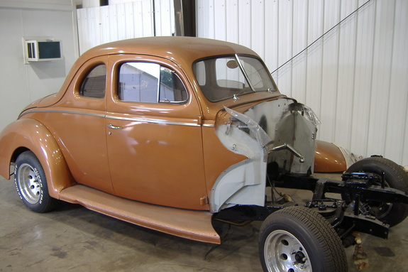 Another dukeblue 1940 Ford Deluxe post... - 11418937