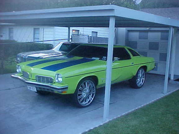 Lil_Gerry's 1973 Oldsmobile Cutlass Supreme