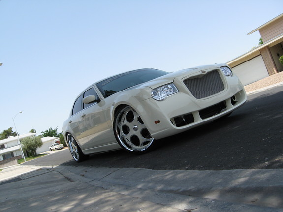 Another Gibson02 2006 Chrysler 300 post... - 11421311