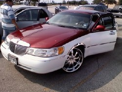 2000 Lincoln Town Car Cartier Sedan 4d View All 2000 Lincoln Town