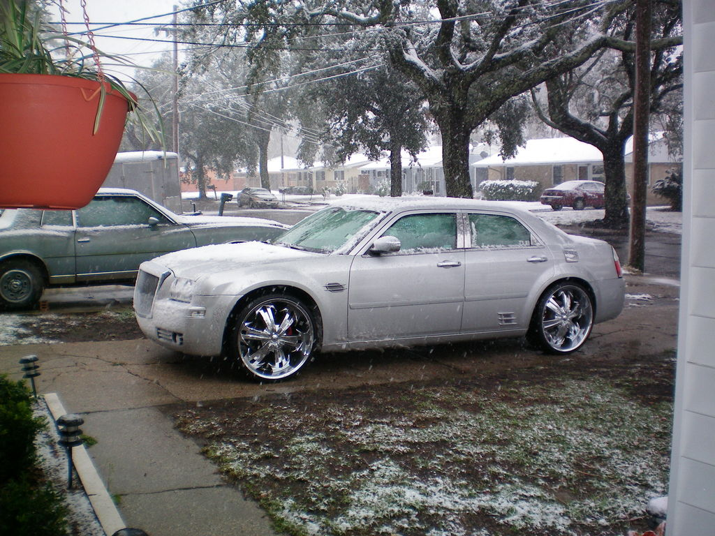 Another Nolaboi86 2006 Chrysler 300 post... - 11455218