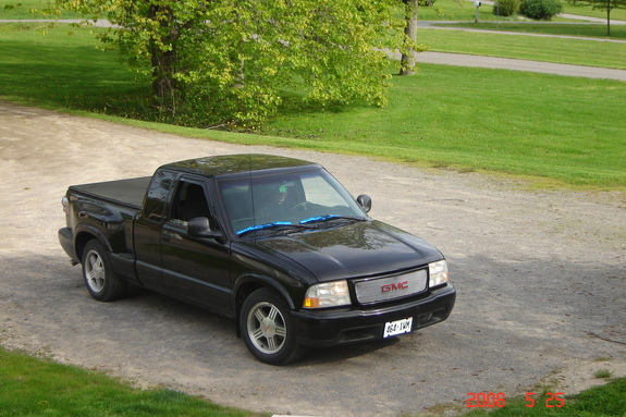 domestic racer 1998 gmc sonoma club cab specs photos modification info at cardomain. Black Bedroom Furniture Sets. Home Design Ideas
