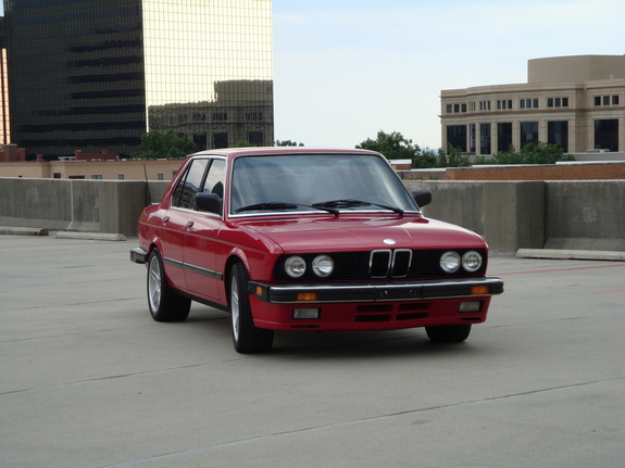 jah535is 1987 BMW 5 Series