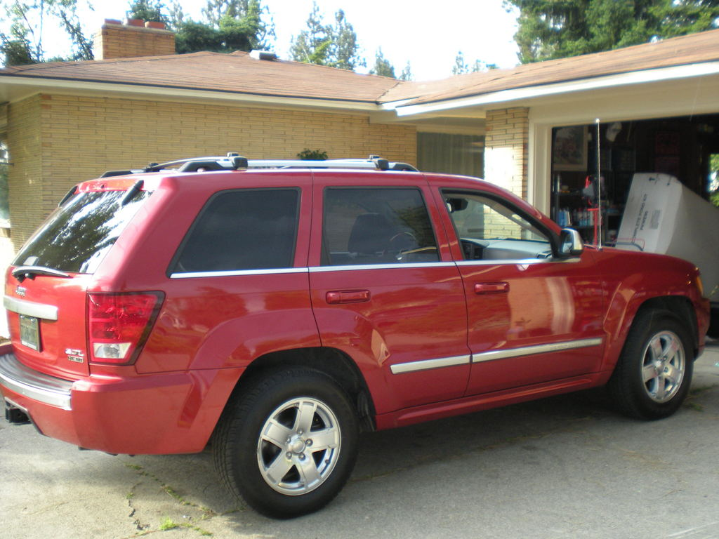 pyscovette 2006 jeep grand cherokee specs photos modification info at cardomain. Black Bedroom Furniture Sets. Home Design Ideas