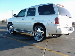 EldoETCs 2005 Cadillac Escalade