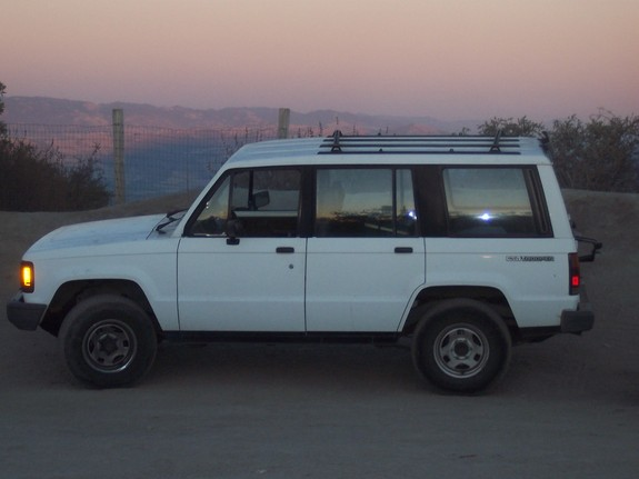 robb88's 1989 Isuzu Trooper