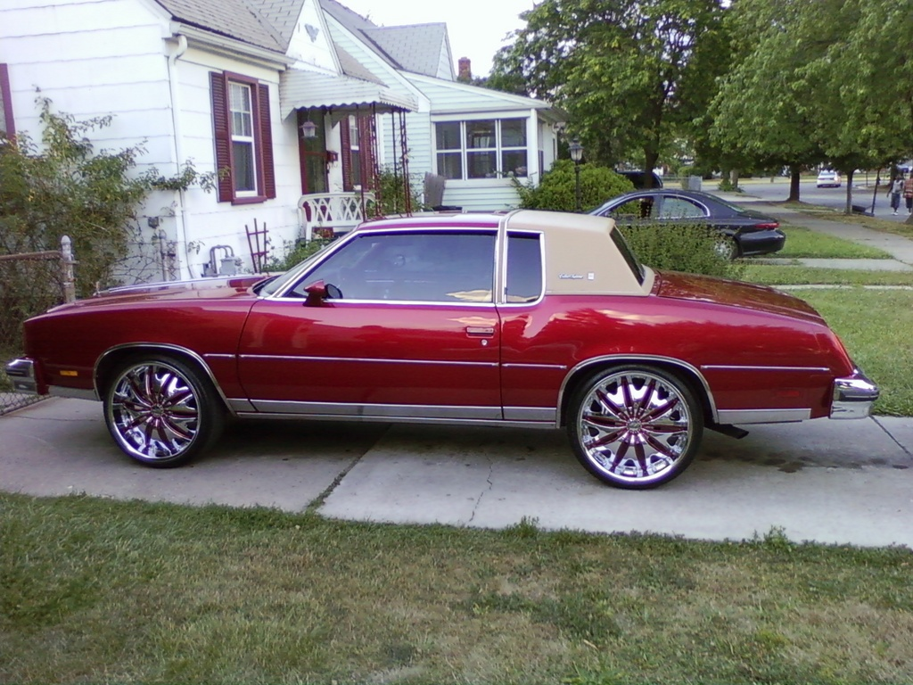 GreezyGre 1979 Oldsmobile Cutlass Supreme