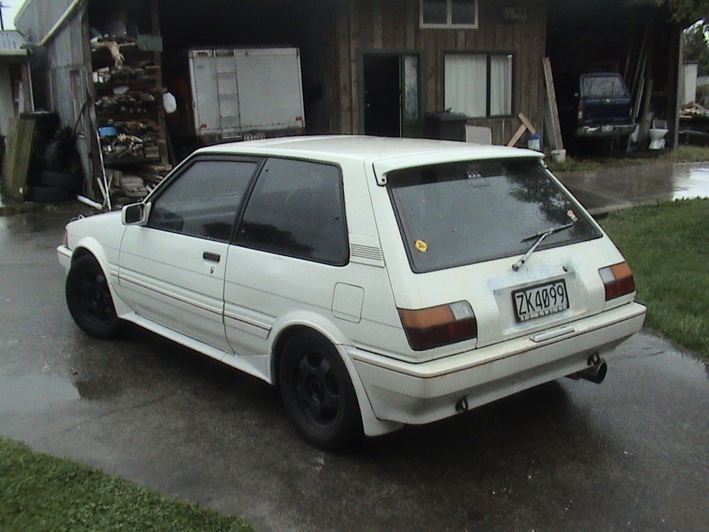 Another sleepn_fxgt 1985 Toyota Corolla post... - 11509517