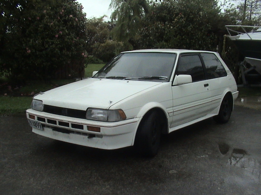 Another sleepn_fxgt 1985 Toyota Corolla post... - 11509518