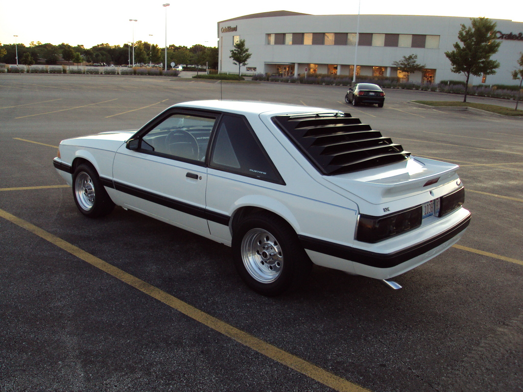 Mustanq 1991 Ford Mustang 11532535