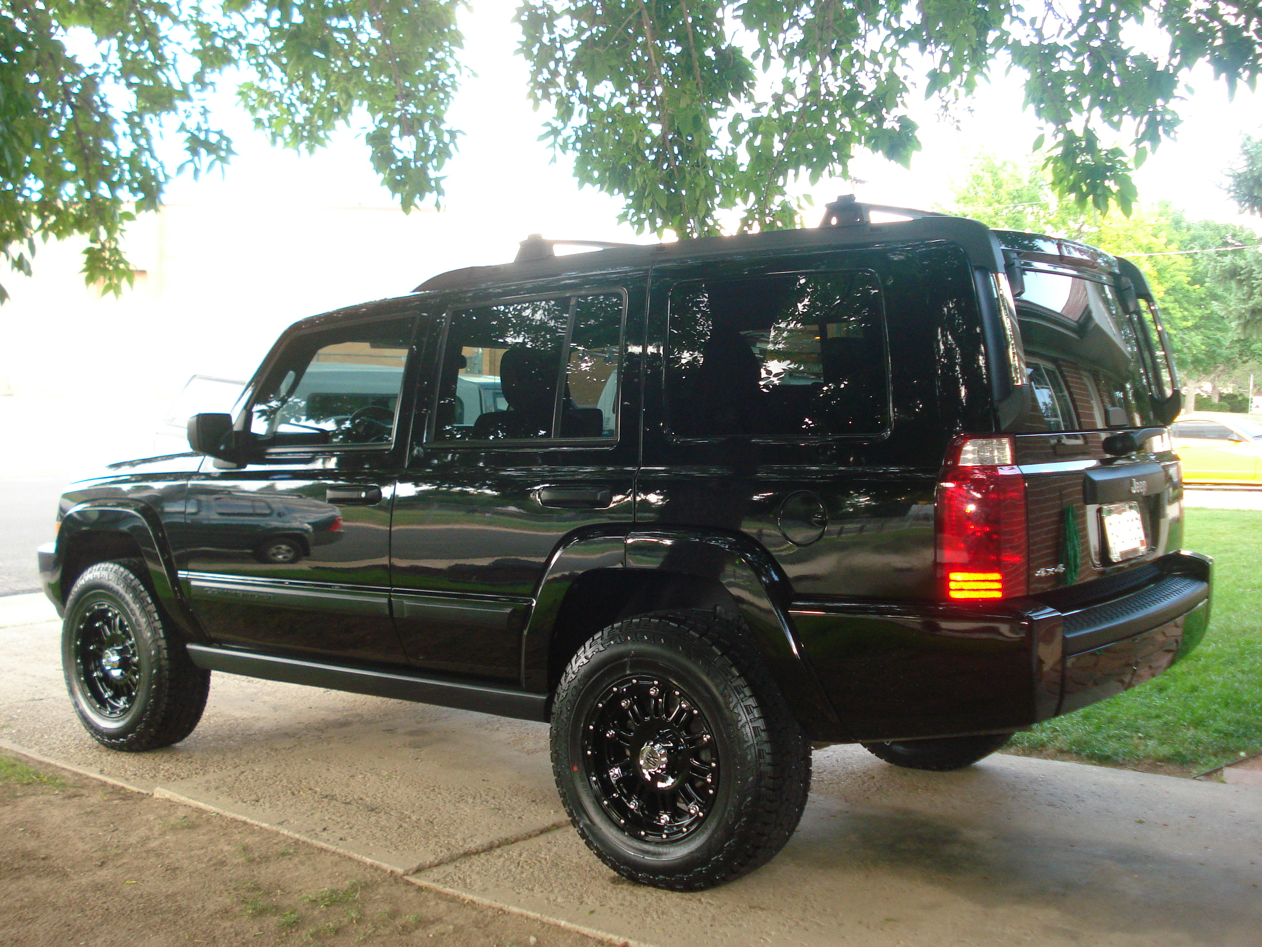 ei501 2006 jeep commander's photo gallery at cardomain