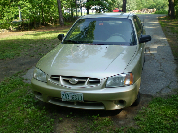Another Ziplok 2001 Hyundai Accent post... - 11510601