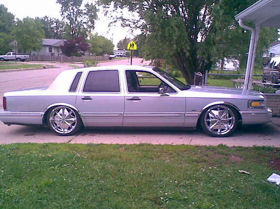 cizko1 39 s 1993 lincoln town car in indianapolis in. Black Bedroom Furniture Sets. Home Design Ideas
