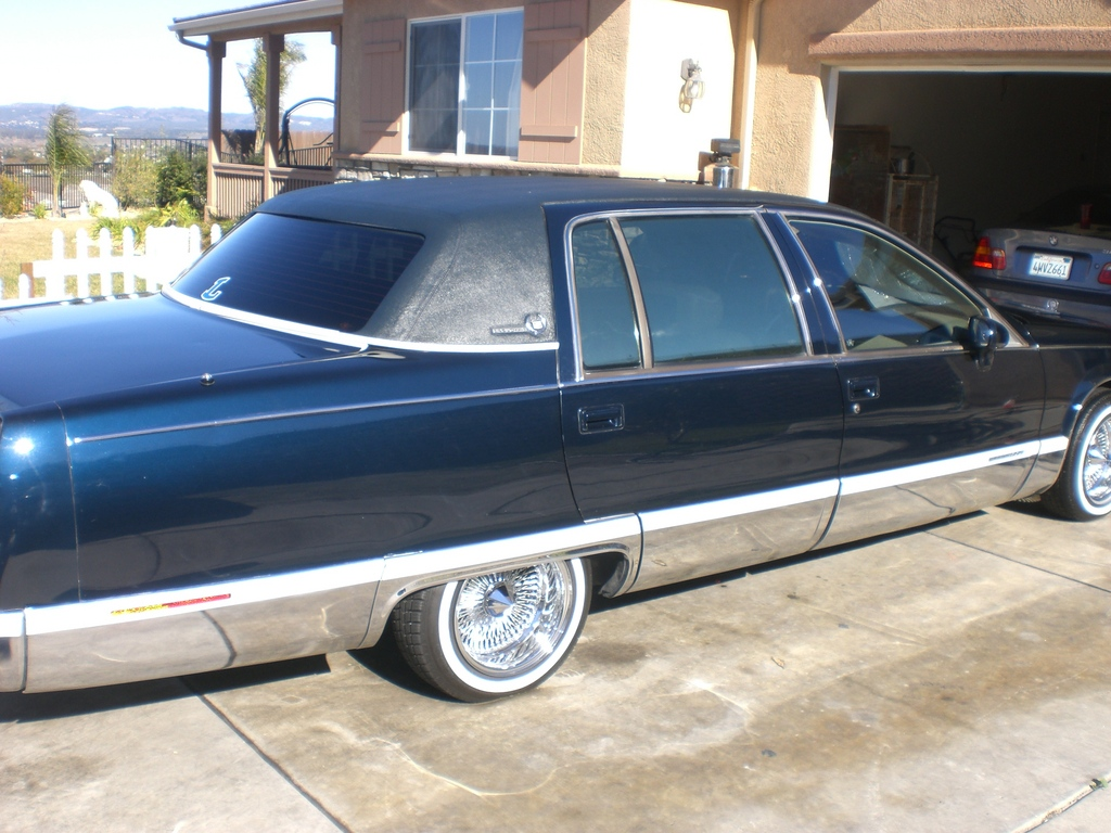 jrlompoc 1993 Cadillac Fleetwood Specs, Photos, Modification Info at
