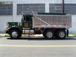 autocar 1975 Freightliner Classic