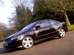 r444yme 2004 Vauxhall Astra